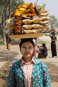 Monywa birmane thanaka