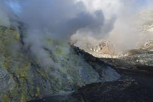 Lokon éruption
