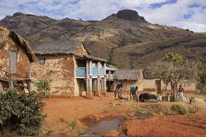 village tsaranoro